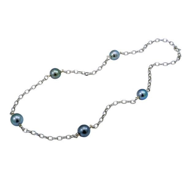 Tahitian Pearl And White Gold Oval Link Chain