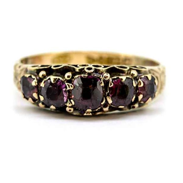 Early 20th Century 9ct Yellow Gold Garnet Five stone Ring - main image