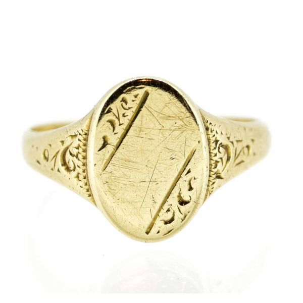 9ct Yellow Gold Oval Head Signet Ring - main iamge