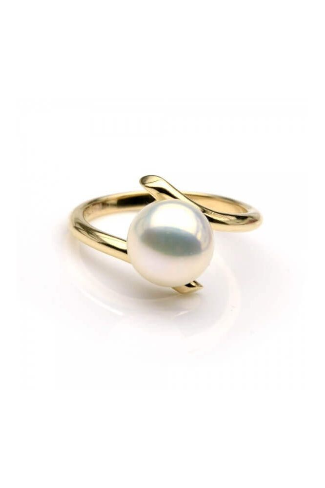 Freshwater Cultured Pearl Crossover Ring | 9ct Yellow Gold